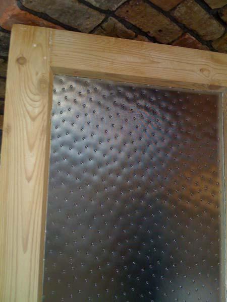 フェミニンな型板ガラス_e0074935_16594692.jpg