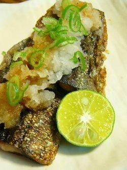 秋刀魚のソテー☆たっぷり大根おろしとシークヮーサー♪_c0139375_19213624.jpg