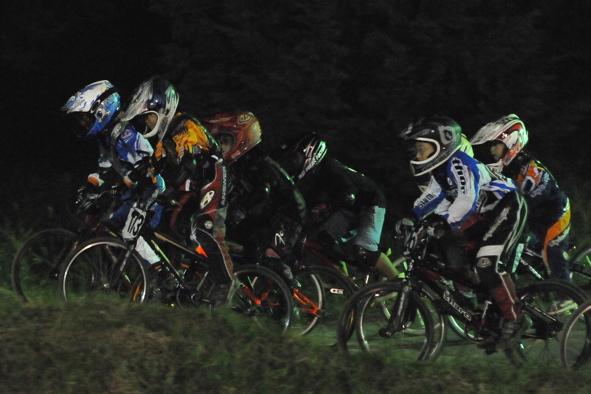 2008緑山ジャパンオープンナイトレースVOL14:ミルキー8、9、ジュニアクラス決勝_b0065730_2053257.jpg
