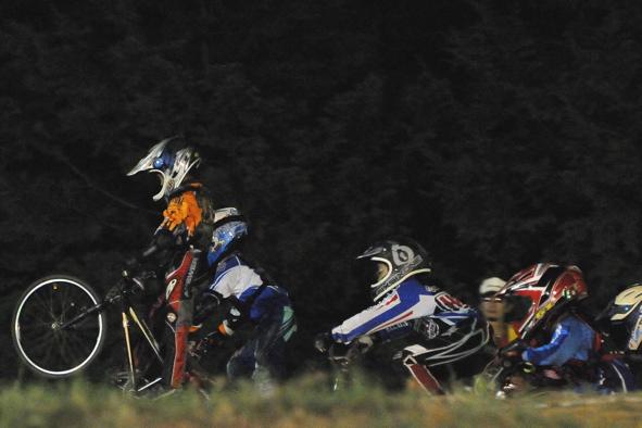 2008緑山ジャパンオープンナイトレースVOL14:ミルキー8、9、ジュニアクラス決勝_b0065730_20534342.jpg