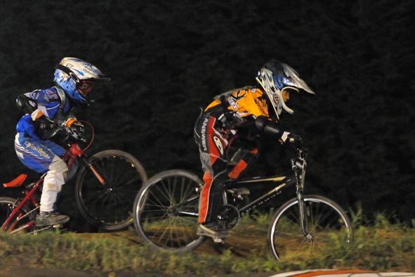 2008緑山ジャパンオープンナイトレースVOL14:ミルキー8、9、ジュニアクラス決勝_b0065730_20542118.jpg