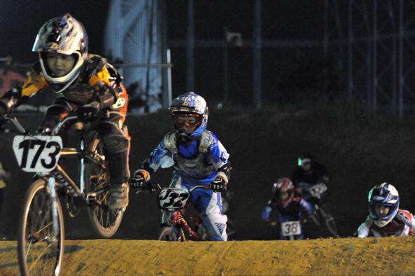 2008緑山ジャパンオープンナイトレースVOL14:ミルキー8、9、ジュニアクラス決勝_b0065730_20552653.jpg