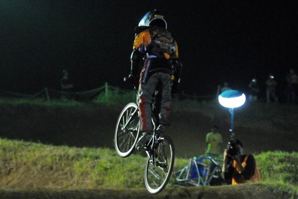 2008緑山ジャパンオープンナイトレースVOL14:ミルキー8、9、ジュニアクラス決勝_b0065730_20555648.jpg