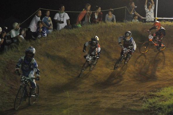 2008緑山ジャパンオープンナイトレースVOL14:ミルキー8、9、ジュニアクラス決勝_b0065730_20564326.jpg