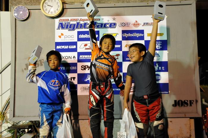 2008緑山ジャパンオープンナイトレースVOL14:ミルキー8、9、ジュニアクラス決勝_b0065730_20582047.jpg