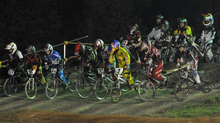 2008緑山ジャパンオープンナイトレースVOL14:ミルキー8、9、ジュニアクラス決勝_b0065730_20593798.jpg