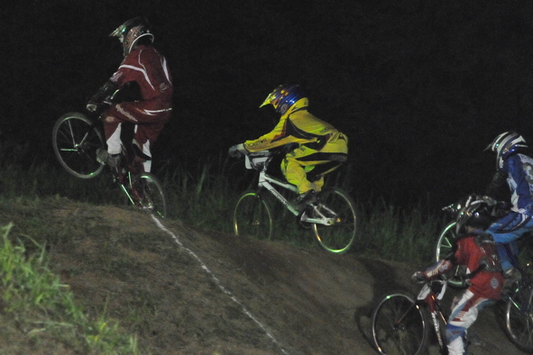 2008緑山ジャパンオープンナイトレースVOL14:ミルキー8、9、ジュニアクラス決勝_b0065730_210214.jpg