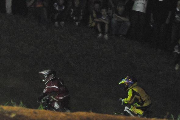 2008緑山ジャパンオープンナイトレースVOL14:ミルキー8、9、ジュニアクラス決勝_b0065730_2102840.jpg
