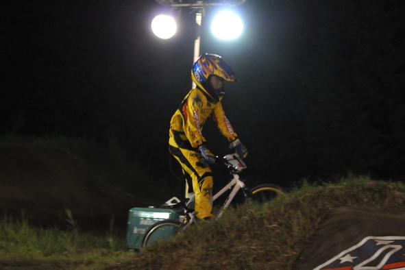 2008緑山ジャパンオープンナイトレースVOL14:ミルキー8、9、ジュニアクラス決勝_b0065730_211485.jpg