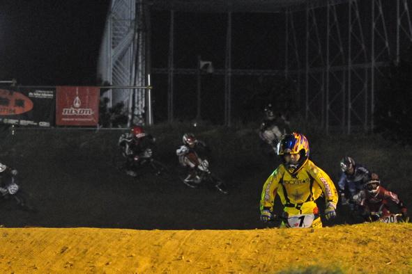 2008緑山ジャパンオープンナイトレースVOL14:ミルキー8、9、ジュニアクラス決勝_b0065730_2115130.jpg