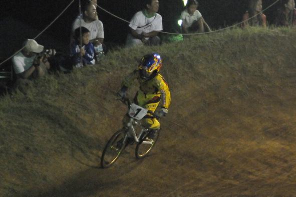 2008緑山ジャパンオープンナイトレースVOL14:ミルキー8、9、ジュニアクラス決勝_b0065730_213817.jpg