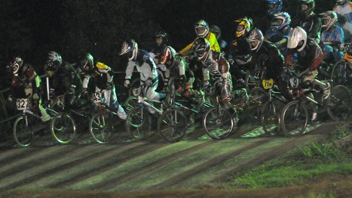 2008緑山ジャパンオープンナイトレースVOL14:ミルキー8、9、ジュニアクラス決勝_b0065730_2155776.jpg