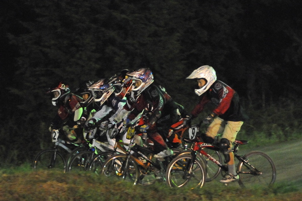 2008緑山ジャパンオープンナイトレースVOL14:ミルキー8、9、ジュニアクラス決勝_b0065730_216975.jpg