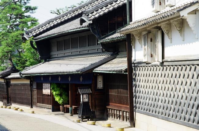 有松の町 ~ダーシェンカ蔵~_d0145934_2112054.jpg