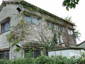 昭和48年生のアパートメント_f0115152_1214542.jpg