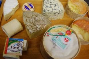 食後にチーズはいかが?_e0025817_1111429.jpg