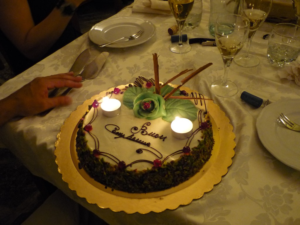 イタリア式誕生日会 バゥ_d0084229_19181025.jpg