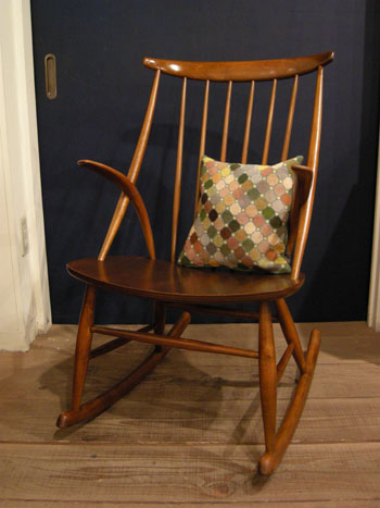 Rocking Chair (DENMARK)_c0139773_20202267.jpg