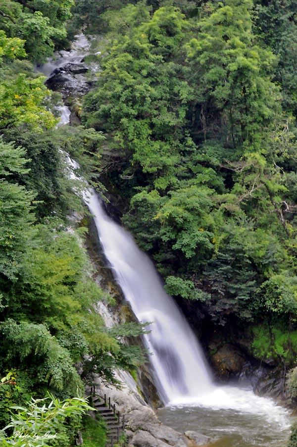 七福街道 マイナスイオンをあびに - その11(END) 観音の滝 全景_d0147591_12595350.jpg