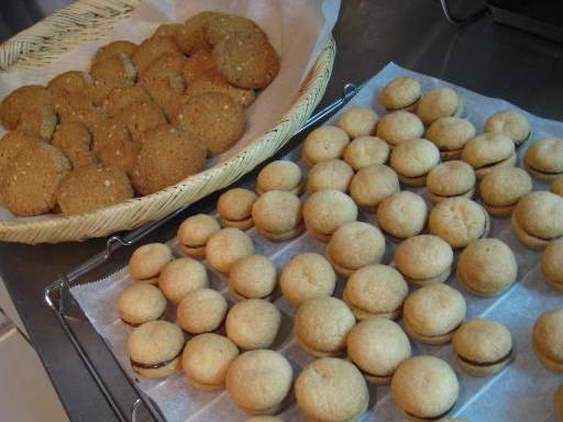 8階のクッキー屋開店_b0107003_2391240.jpg