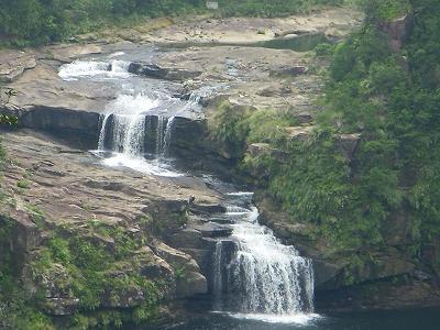 沖縄アルバム(8)西表島の川と滝_d0116009_2144982.jpg