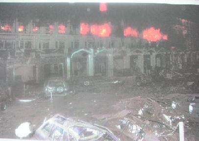 マリオットホテルで自爆テロ_f0112655_14232584.jpg