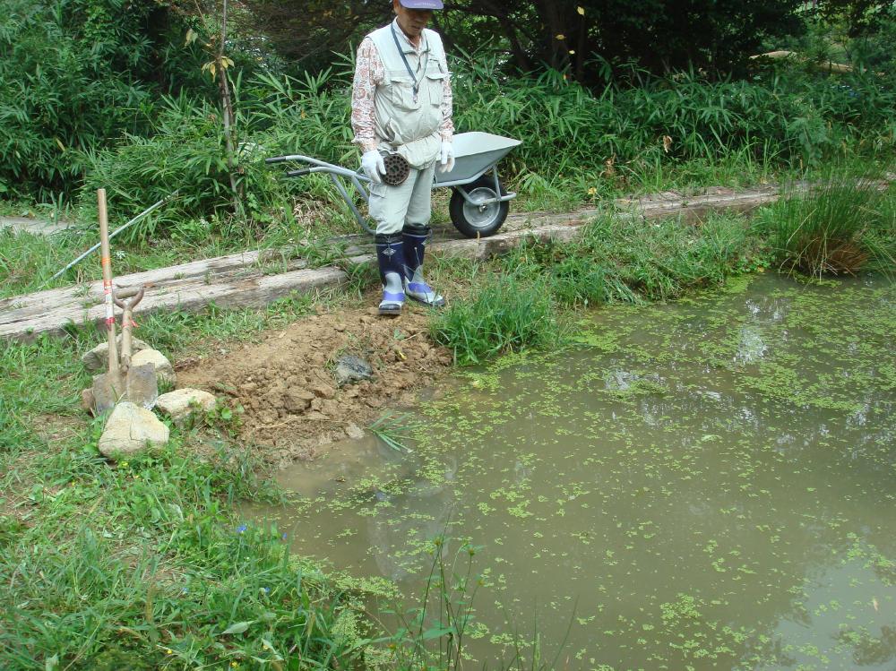 水漏れ補修・・・定例活動日_c0108460_16272396.jpg