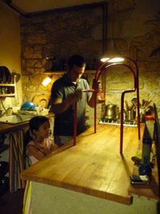 ユキちゃんの勉強机と椅子_f0106597_1821273.jpg