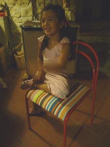 ユキちゃんの勉強机と椅子_f0106597_1827054.jpg