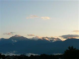 雲が湧き立つ甲斐駒が岳_f0019247_196676.jpg