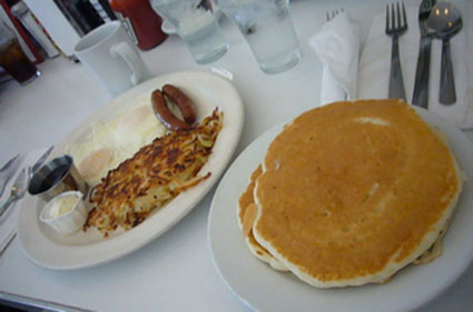 pancakes from L.A._c0153966_23163458.jpg