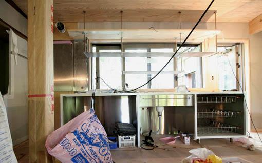 断熱・耐震改修の本荘の家:オーダーキッチン_e0054299_1154031.jpg