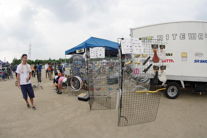 2008緑山ジャパンオープンナイトレース最終回:コース外の風景_b0065730_1001377.jpg