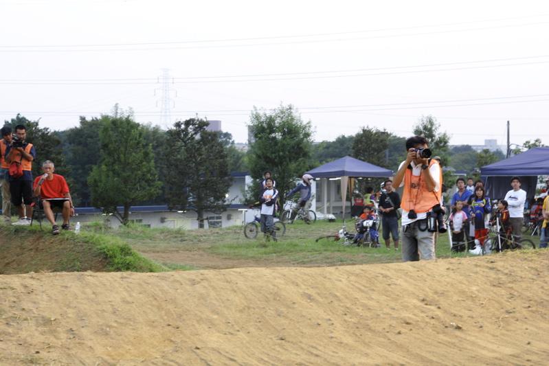 2008緑山ジャパンオープンナイトレース最終回:コース外の風景_b0065730_10224174.jpg