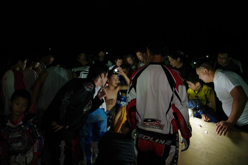 2008緑山ジャパンオープンナイトレース最終回:コース外の風景_b0065730_1037867.jpg