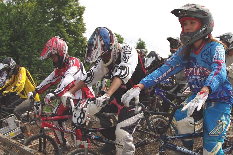 2008緑山ジャパンオープンナイトレース最終回:コース外の風景_b0065730_9391613.jpg