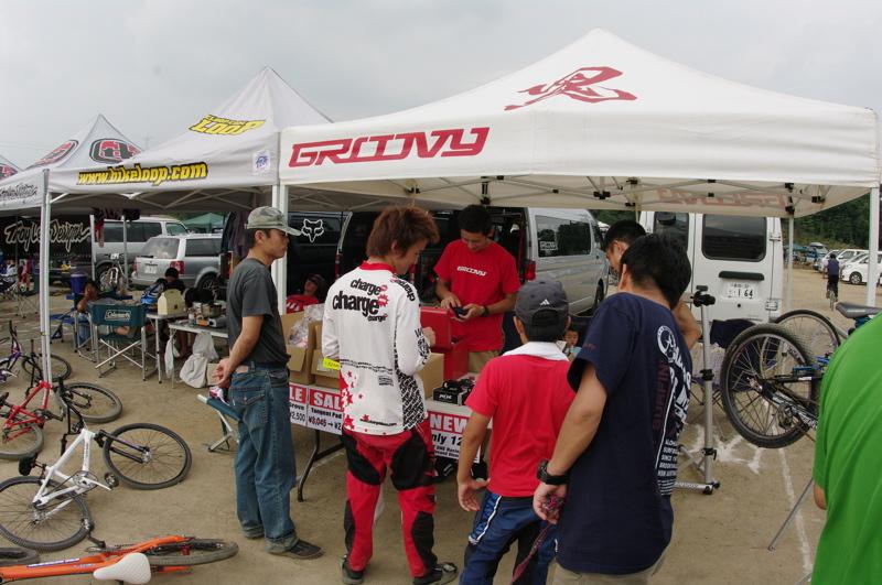 2008緑山ジャパンオープンナイトレース最終回:コース外の風景_b0065730_9594723.jpg