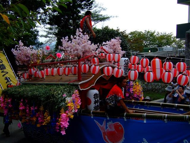 熊野筆まつり 彼岸舟、榊山神社へ登る_b0095061_11404569.jpg
