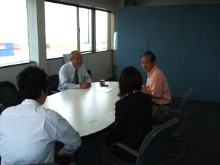 日本貿易振興機構(ジェトロ)へ行ってきました_c0177195_1912077.jpg