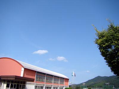豊栄小学校_a0047200_804941.jpg