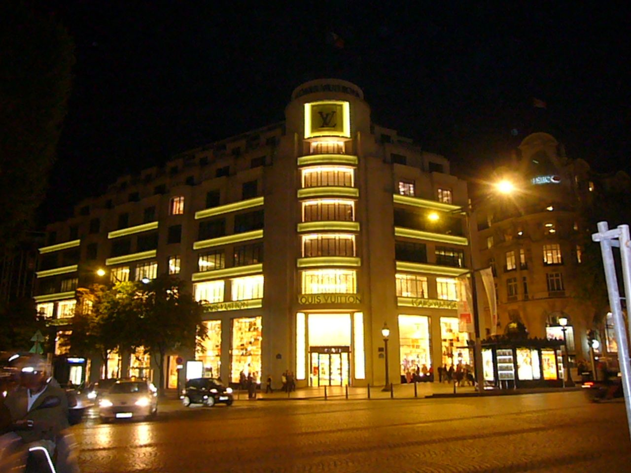 Parisの風景。_c0175022_1161970.jpg