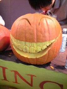 ハロウィンかぼちゃのカービング_f0179528_1449188.jpg