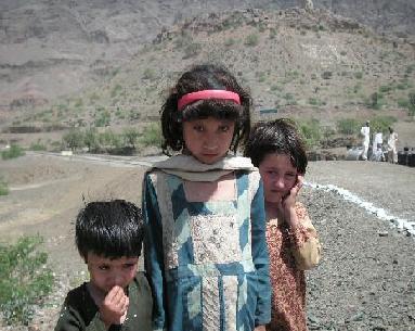 パキスタンの国民と対テロ戦争_f0112655_14261332.jpg