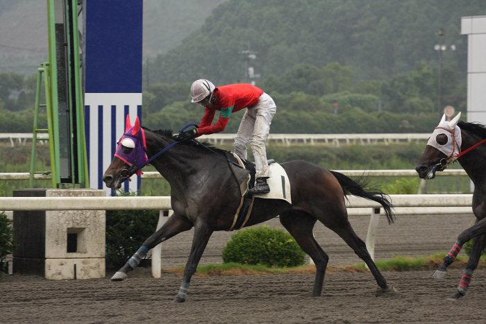 2008年9月15日(月) 高知競馬 3R_a0077663_18233013.jpg
