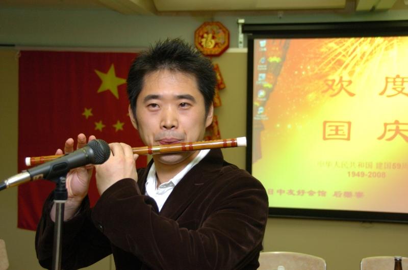 东京中国留学生欢度国庆 祝福神七_d0027795_11284024.jpg
