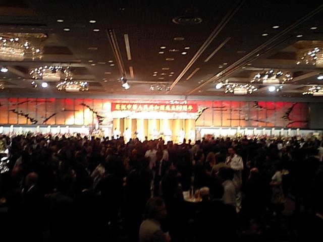 1500人以上が招待された国慶59周年レセプション会場_d0027795_18181735.jpg