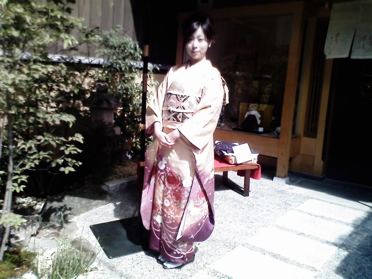 これからお友達の結婚式にいってきま~す_b0121719_13265946.jpg