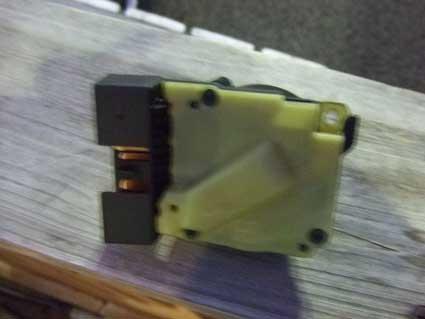電装部品の修理交換_b0123820_1185123.jpg