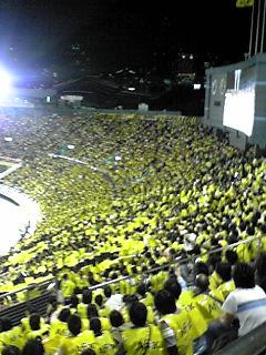 国立競技場へ  フウサワシュンスケ_b0048882_1545840.jpg