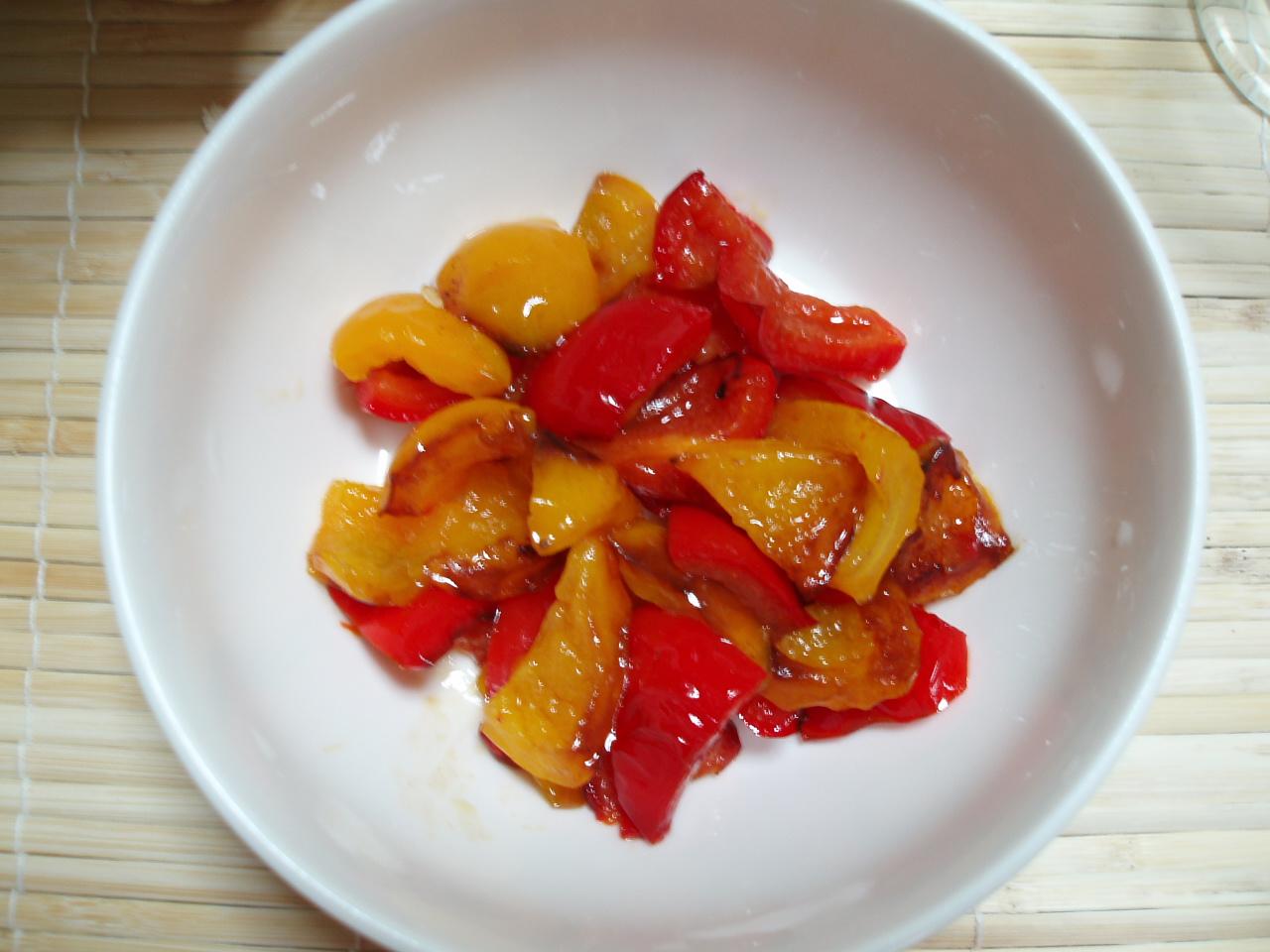 「真夏筍のチーズ焼きとパプリカのオイル煮」♪_b0137453_67131.jpg